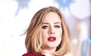 La chanteuse Adele aux Brit Awards 2016