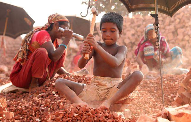 648x415 junaed hossain 8 ans travaille chantier casse briques dhaka enfants travailleurs bangladesh gagnent environ 150 bdt 187 jour