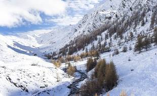 Les premiers flocons de neige sont tombés dans les Alpes et les Hautes-Alpes Credit:Stephane Cande/SIPA