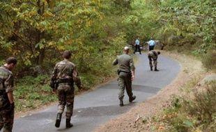 La reconstitution du meurtre de Marie-Christine Hodeau, une joggeuse de Milly-la-Forêt (Essonne) enlevée, violée et tuée le 28 septembre 2009, a duré vendredi près de huit heures, avec des déplacements sur les différents lieux du drame.