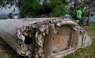 Le débris d'avion retrouvé relance l'enquête sur le vol MH370