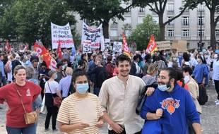 La manifestation du 16 juin pour réclamer plus de moyens pour l'hôpital public à Paris.