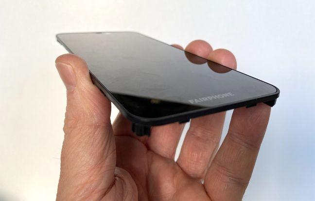 L'écran du Fairphone 3+ peut être remplacé en 13 coups de tournevis pour 89 euros.
