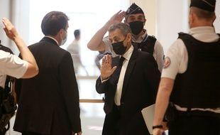 Le procès de Nicolas Sarkozy et de 13 autres prévenus dans l'affaire des dépenses excessives de la campagne présidentielle de l'ex-chef de l'Etat en 2012 s'est achevé mardi soir et le tribunal correctionnel de Paris a mis sa décision en délibéré au 30 septembre à 10h