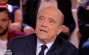 """Alain Juppé, sur le plateau de """"L'Emission politique""""."""