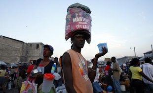 Un supporter haïtien du candidat à la présidentielle Michel Martelly à Port-au-Prince, le 19 mars 2011.