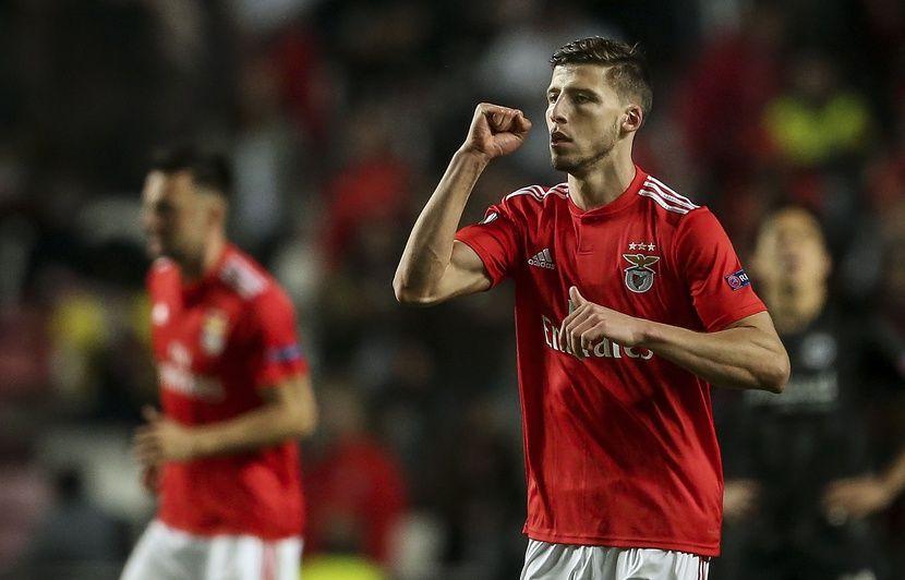 Benfica-OL : « On était loin de la hype Mammana », les supporters lyonnais ont-ils déjà oublié Ruben Dias ?