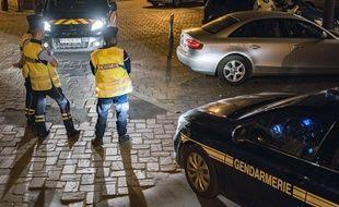 Des gendarmes. (Illustration)