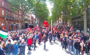 Le cortège du 1er mai 2017 à Toulouse a réuni 15.000 personnes selon les organisateurs, moitié moins selon la police.