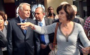 Trois élus PS des Bouches-du-Rhône, la ministre Marie-Arlette Carlotti, le député Michel Vauzelle et le président de la communauté urbaine de Marseille Eugène Caselli, ont annoncé mardi leur soutien à la contribution Ayrault-Aubry, préparatoire au congrès du parti.