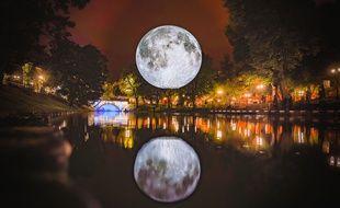 L'oeuvre monumentale de Luke Jerram « Museum of the moon » sera présentée au festival Big Bang