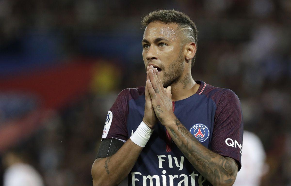 Neymar durant son premier match au Parc des Princes, face à Toulouse, le 20 août 2017. – Thomas SAMSON / AFP