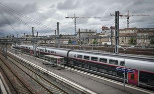 Un TGV à Bordeaux. Credit:UGO AMEZ/SIPA.