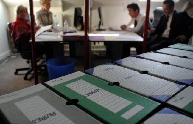 Le Conseil constitutionnel rend mardi à 17H00 une décision très attendue: il va dire si la règle imposant de rendre publics les 500 parrainages d'élus nécessaires pour concourir à la présidentielle est toujours valable.