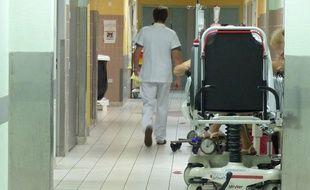 De plus en plus de médecins hospitaliers en difficulté appellent le réseau. Illustration.