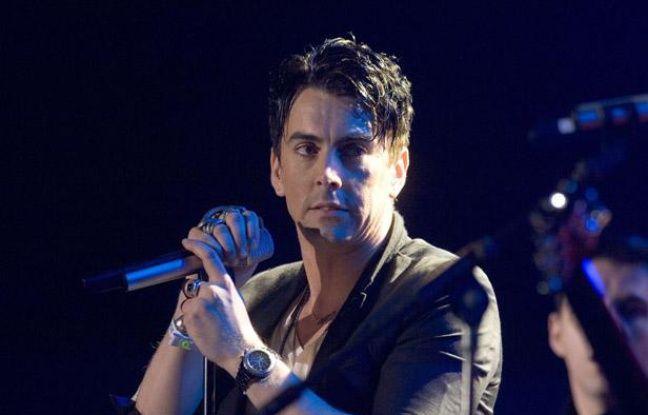 Ian Watkins des Lostprophets lors d'un concert au Millennium Stadium de Cardiff au Pays de Galles en septembre 2010.