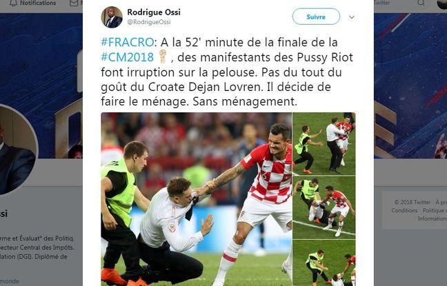 Le Croate Dejan Lovren expulsant violemment un Pussy Riot du terrain.