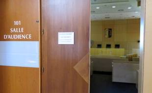 Le mineur sortait du Tribunal de grande instance de Rennes, au sein de la Cité judiciaire.