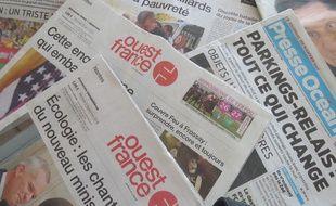 Les journaux Ouest-France et Presse Océan.