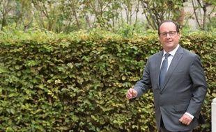 François Hollande affirme effectuer 6.000 pas par jour.