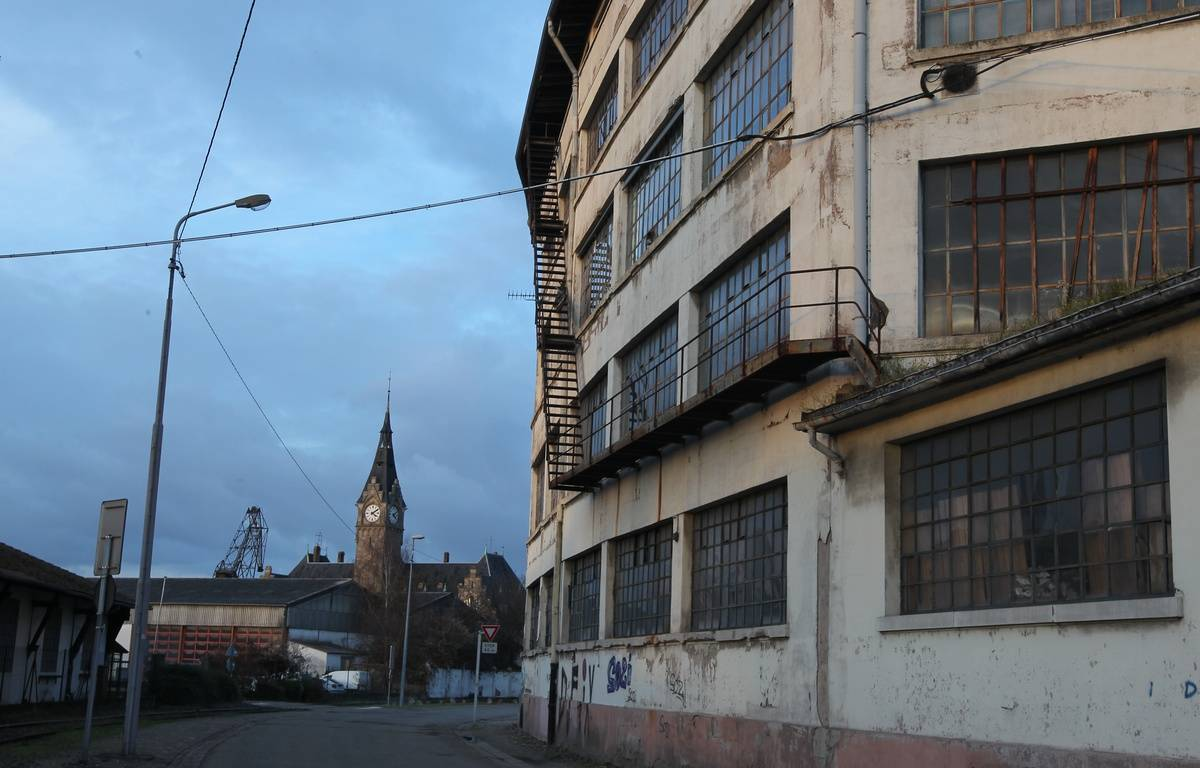 Strasbourg le 06 12 2012. Le quartier du Port du Rhin et les entrepôts de la COOP, investit par le festival Ososphere – G. VARELA /20 MINUTES