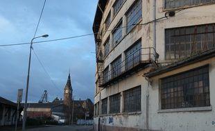 Strasbourg le 06 12 2012. Le quartier du Port du Rhin et les entrepôts de la COOP, investit par le festival Ososphere