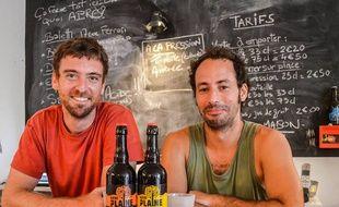 Selim et Sylvain, les fondateurs de la brasserie de la Plaine.