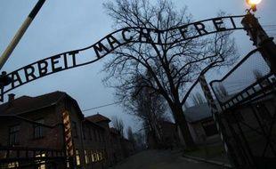 Près de 70 ans après la fin de la guerre, la justice allemande va devoir décider d'éventuelles poursuites pour complicité de meurtre contre 30 gardes présumés du camp d'extermination nazi d'Auschwitz