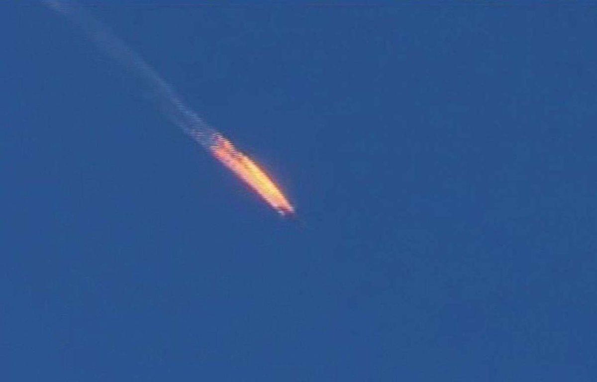 Avion de guerre russe abattu au-dessus de la province syrienne d'Hatay (capture d'écran Haberturk TV). –  Uncredited/AP/SIPA