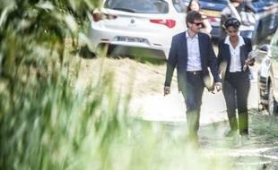 Najat Vallaud-Belkacem et son époux Boris  à Hontanx (Landes) le 6 août 2014.