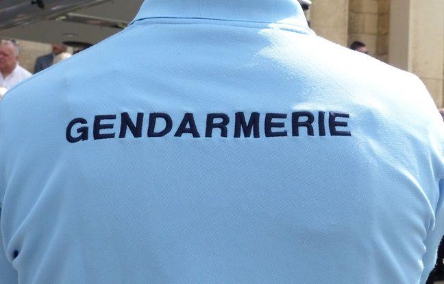 Illustration de gendarmes.