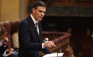 Le socialiste Pedro Sanchez a réussi vendredi son dernier coup de poker pour se hisser au pouvoir en Espagne.