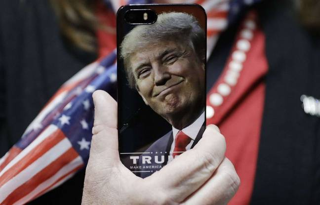 Le visage de Donald Trump sur un téléphone portable, en septembre 2016