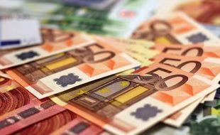 Illustration d'argent en liquide.