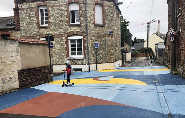 L'oeuvre a été peinte par le street artiste Skio.