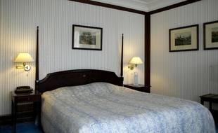 Illustration d'une chambre d'hôtel.