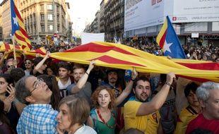 Une manifestation organisée à Barcelone au lendemain du référendum contre les violences policières
