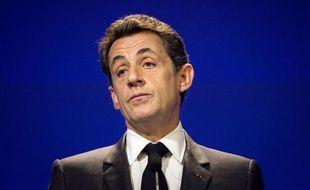 """M. Sarkozy a expliqué que le but était que """"tous les budgets (...) comportent une disposition constitutionnelle qui permettent aux cours constitutionnelles nationales de vérifier que le budget national va vers le retour à l'équilibre"""""""