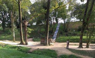 Le drame s'est produit ce jeudi après-midi au parc de loisirs La balade du Père Nicolas à Plumiliau dans le Morbihan.