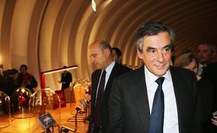 François Fillon visitant la Cité du Vin à Bordeaux, le mercredi 25 janvier 2017
