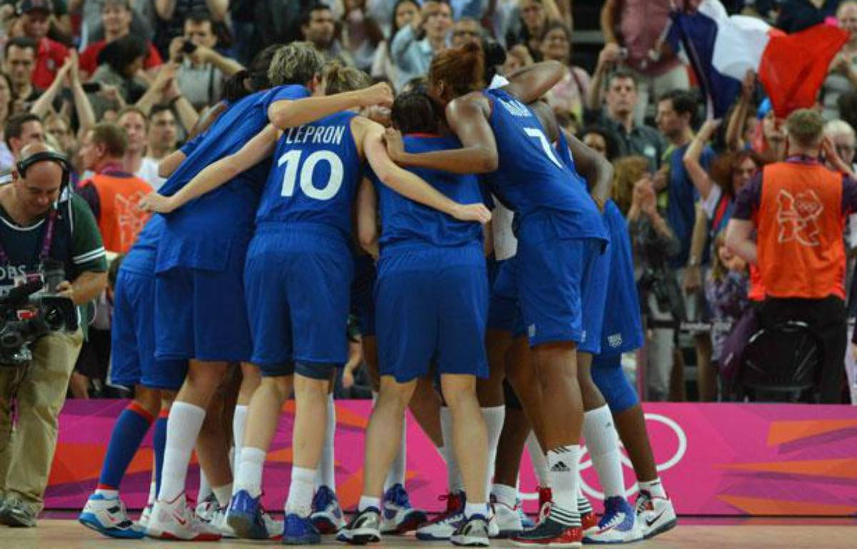 Les basketteuses de l'équipe de France, lors de leur demi-finale aux Jeux olympiques de Londres, le 9 août 2012. – AFP
