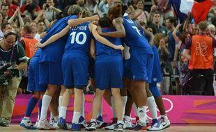 Les basketteuses de l'équipe de France, lors de leur demi-finale aux Jeux olympiques de Londres, le 9 août 2012.