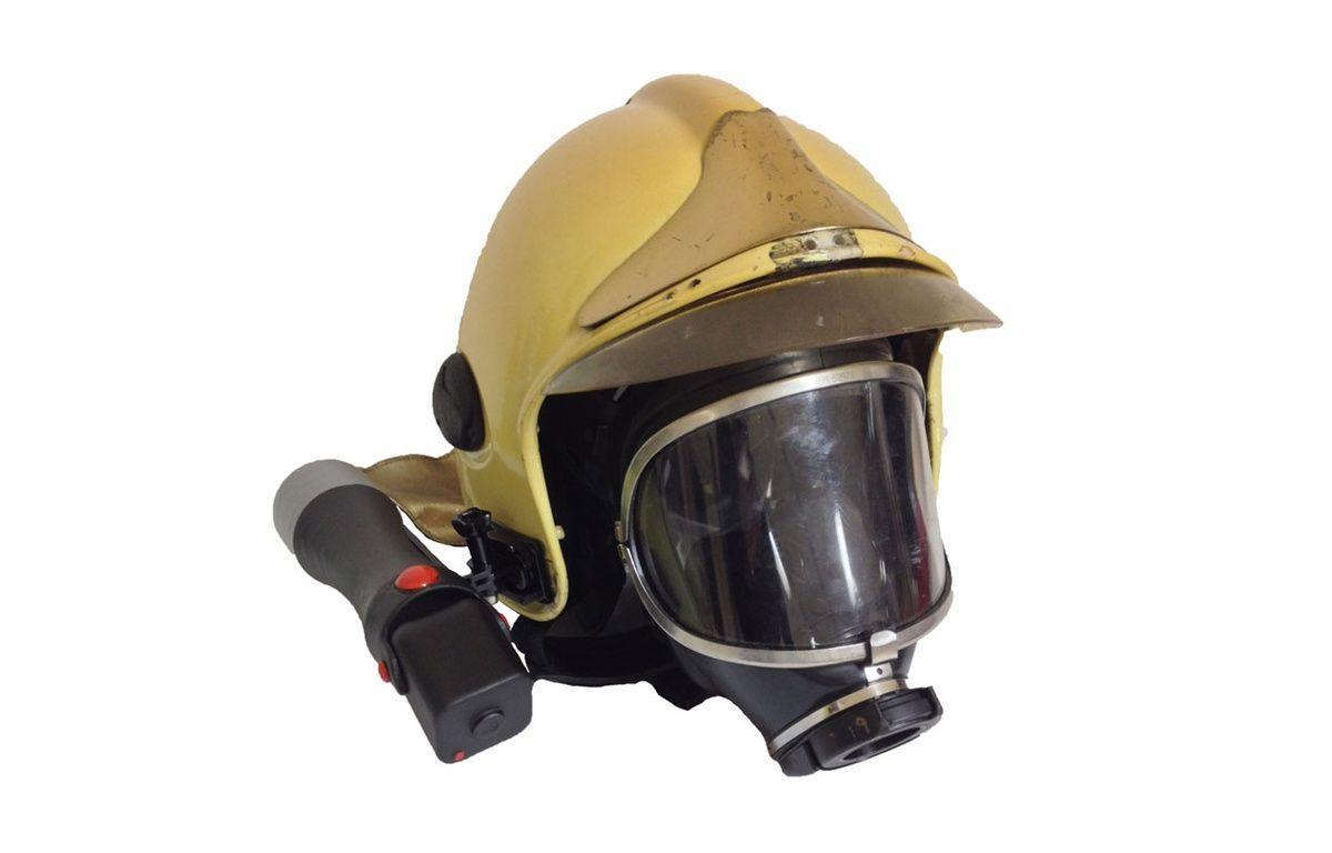 10 - Le casque d'Ektos qui permet de voir à travers la fumée. – © Concours Lépine