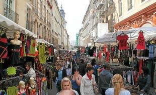 700 bradeurs s'installeront dès l'aube dans les rues du centre-ville.