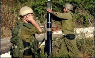 """Le projet franco-américain, qui doit être soumis aux quinze membres du Conseil de sécurité de l'Onu, demande un """"arrêt complet des hostilités"""", mais ne fait pas mention explicite de cessez-le-feu """"immédiat"""" ou d'un retrait de l'armée israélienne du Liban sud, où 10.000 soldats sont déployés."""