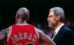 Michael Jordan et l'entraîneur des Chicago Bulls Phil Jackson.
