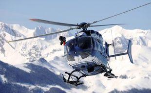 Photo d'illustration d'un hélicoptère du peloton de gendarmerie de haute montagne, ici dans les Pyrénées.