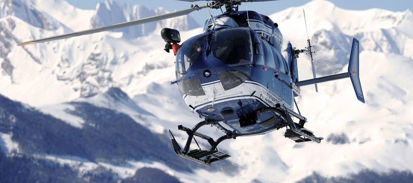 Un hélicoptère du PGHM dans les Pyrénées. Illustration.