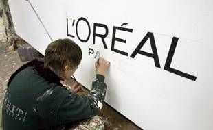 (Photo d'illustration) Le logo L'Oréal peint.
