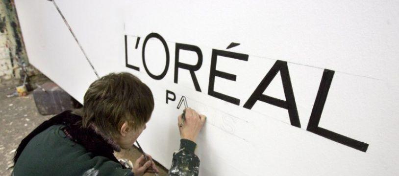 (Photo d'illustration) Le logo L'Oréal peint.